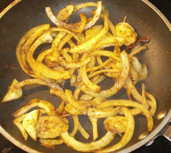 Frying Onion & Curry