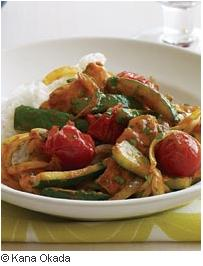 F&W Thai Chicken, Zucchini & Tomato Curry