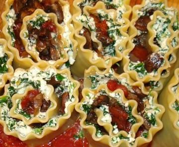 Portobello Lasagna Rollups with Tomato Sauce 1