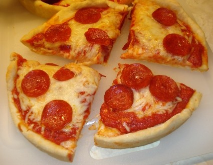 Sliced Pepperoni Pan Pizza