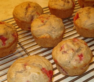 Strawberry Banana Muffins 4